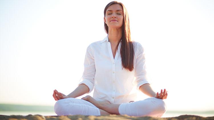 6 Yoga Asanas to Get a Flawless Skin